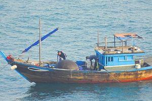 Đà Nẵng: Phát hiện ghe nổ mìn đánh bắt cá trái phép