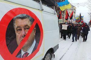 Người Nga tồn tại ở Ukraine thế nào khi ông Poroshenko 'cấm đoán đủ đường'?