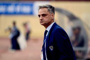 Vì sao FLC Thanh Hóa thanh lý hợp đồng với HLV Mihail chỉ sau 4 vòng V-League?