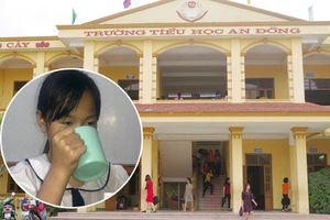 Trần tình của cô giáo bắt học sinh uống nước giặt giẻ lau bảng