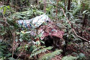 Thi thể nam giới phân hủy trong rừng, nghi tử vong nhiều tháng trước