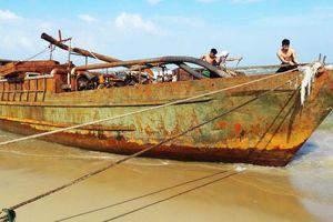 Tổ chức bán 'tàu ma' tại Quảng Nam