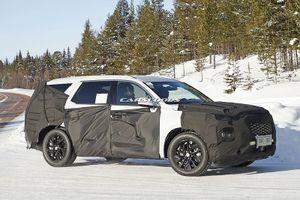 Hyundai SantaFe bản 8 chỗ ngồi chính thức lên đường chạy thử nghiệm
