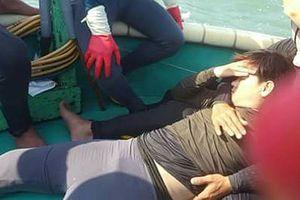 Tàu kiểm ngư va thuyền thúng làm 1 ngư dân gãy chân