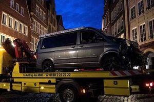 Cảnh sát từng điều tra nghi phạm lao xe vào nhà hàng ở Đức
