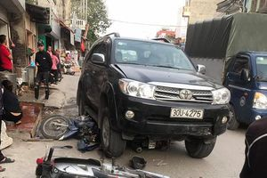 Xe ô tô tông liên hoàn, 3 người thương vong: Tài xế ra đầu thú