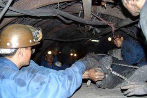 Sập hầm lò tại Quảng Ninh, 1 công nhân tử vong