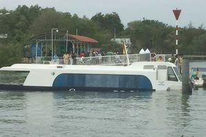 TP.HCM: Tàu cao tốc chở 42 hành khách chìm ở Cần Giờ