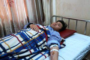 Bác sĩ và thực tập sinh bị người nhà bệnh nhân hành hung tại bệnh viện