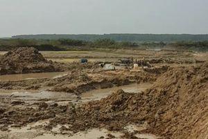 Bình Thuận: Đoàn kiểm tra khai thác cát không muốn sự xuất hiện của PV