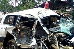 Điều tra vụ tai nạn giữa xe cứu thương và xe máy, 6 người thương vong