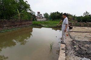 Chủ tịch UBND TP Hà Nội yêu cầu xử lý vụ 2 cháu bé đuối nước dưới ao đào