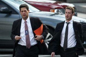 Zuckerberg khổ luyện cho ngày 'tự thú trước bình minh'
