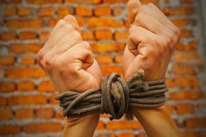 Nghịch tử vờ bị bắt cóc để tống tiền bố mẹ 1,8 tỷ đồng
