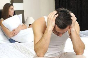 Chồng không chịu 'động phòng' vợ gọi ngay cảnh sát giải nguy