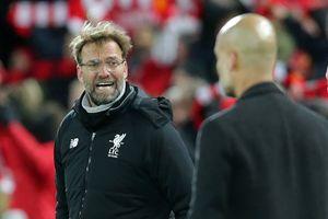 Liverpool có chênh vênh sụp đổ như PSG?