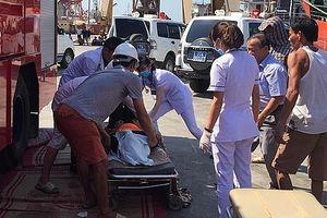 3 người chết trong khoang tàu chứa mật mía