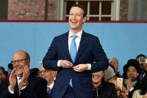 Giải mã thông điệp đằng sau bộ vest của ông chủ Facebook trong phiêu điều trần dài 5 giờ đồng hồ