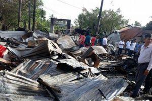 Cà Mau 'giặc lửa' thiêu rụi nhiều ngôi nhà, thiệt hại khoảng 3 tỷ đồng