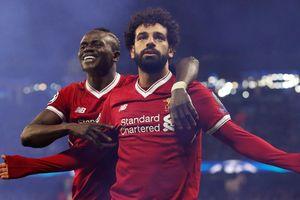 'Vua Ai Cập' tỏa sáng, Liverpool tiễn Man City rời Champions League