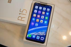 Oppo R15: Thiết kế giống iPhone X nhưng camera ấn tượng