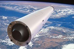 Elon Musk dùng SpaceX khiến Nga vội vàng cải tổ
