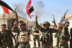 Giải phóng xong Douma, Quân đội Syria lại như 'ngồi trên đống lửa'
