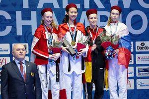 Kim Ngân giành HCV trẻ taekwondo thế giới