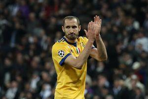 Chiellini: 'Real Madrid đã trả cho trọng tài bao nhiêu tiền?'