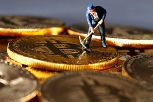 Giá Bitcoin hôm nay 12/4/2018: Bitcoin phát tín hiệu 'phá băng'?