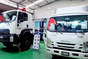 Isuzu Việt Nam ra mắt xe tải đạt chuẩn khí thải Euro 4 đầu tiên