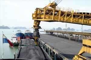 Quảng Ninh: Bắt đối tượng bán trộm than, bỏ túi 120 triệu đồng
