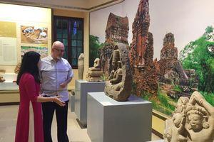 Trưng bày gần 300 hiện vật tại triển lãm 'Báu vật khảo cổ học Việt Nam'