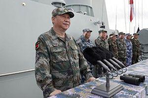 Ông Tập Cận Bình trực tiếp thị sát diễu binh hải quân tại Biển Đông