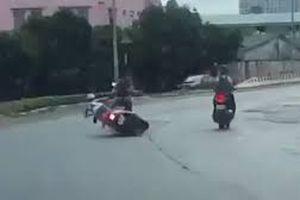 Hà Nội: Tên cướp xe máy táo tợn giữa phố bị bắt khi đang 'phê' ma túy