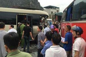 Quảng Ninh: 2 xe khách tông nhau, hàng chục người bị thương