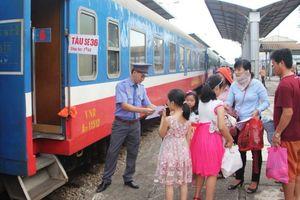 Dịp nghỉ lễ 30/4 – 1/5, ngành đường sắt tăng chuyến tàu phục vụ hành khách