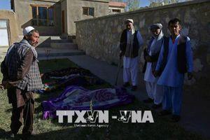Afghanistan: 13 cảnh sát thiệt mạng trong các cuộc tấn công của Taliban