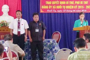 Kỳ Sơn bổ nhiệm Bí thư và Phó bí thư Đảng ủy xã Huồi Tụ