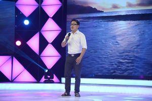 Kỳ diệu giọng hát của họa sĩ khuyết tật thi gameshow kiếm tiền chữa tim cho con