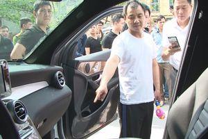Nghi phạm người Trung Quốc trộm 3 tỷ đồng trên ôtô