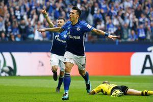 Dortmund gục ngã trên sân Schalke