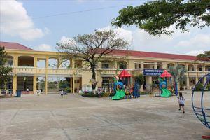 Vụ cô giáo bị quỳ gối: Chuyển trường nguyên Hiệu trưởng Tiểu học Bình Chánh