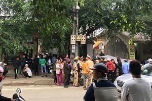 Thanh Hóa: Phát hiện 2 vợ chồng treo cổ tử vong ở quán gội đầu
