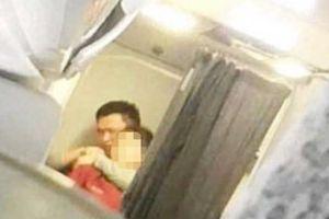 Hành khách khủng bố cả chuyến bay bằng... một chiếc bút bi