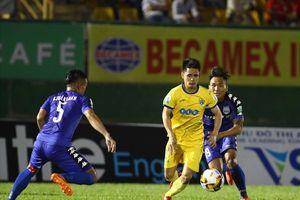 FLC Thanh Hóa 'hòa hú vía' B. Bình Dương ở trận cầu có 6 bàn thắng