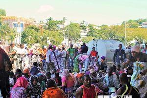 Pháp đề xuất giải pháp cho vấn đề người tị nạn tại châu Âu
