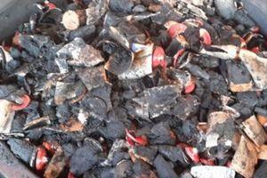 Lõi pin 'nhuộm' cà phê: Người sử dụng có nguy cơ ngộ độc kim loại