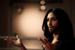 Bị đe dọa, quán quân Eurovision 2014 công khai bị HIV trên Instagram