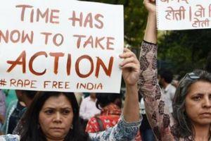 Chính trường Ấn Độ rung chuyển vì các vụ hãm hiếp kinh hoàng